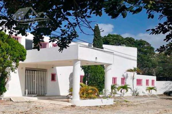 Foto de local en venta en  , supermanzana 312, benito juárez, quintana roo, 18625411 No. 01