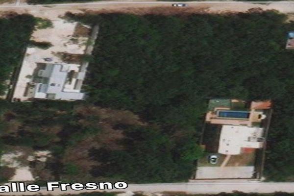 Foto de terreno habitacional en venta en  , supermanzana 312, benito juárez, quintana roo, 19382943 No. 02