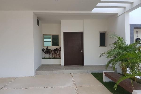 Foto de casa en venta en  , supermanzana 312, benito juárez, quintana roo, 6191345 No. 02