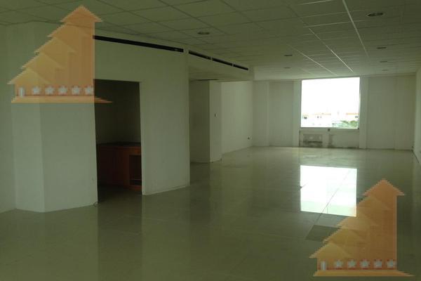 Foto de oficina en renta en  , supermanzana 4 centro, benito juárez, quintana roo, 7270368 No. 01