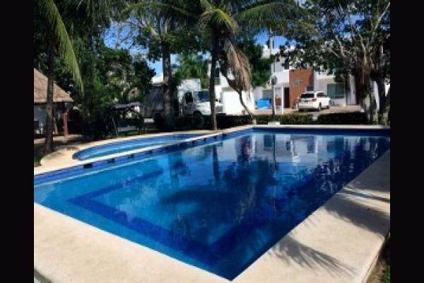 Foto de casa en venta en  , supermanzana 524, benito juárez, quintana roo, 8022177 No. 01