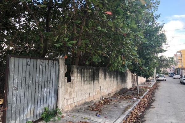 Foto de terreno habitacional en venta en supermanzana 68 , supermanzana 68, benito juárez, quintana roo, 11015551 No. 01