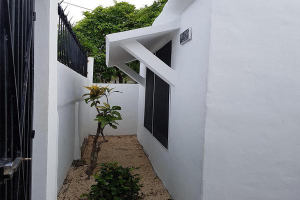 Foto de terreno habitacional en venta en  , supermanzana 74, benito juárez, quintana roo, 18741570 No. 06
