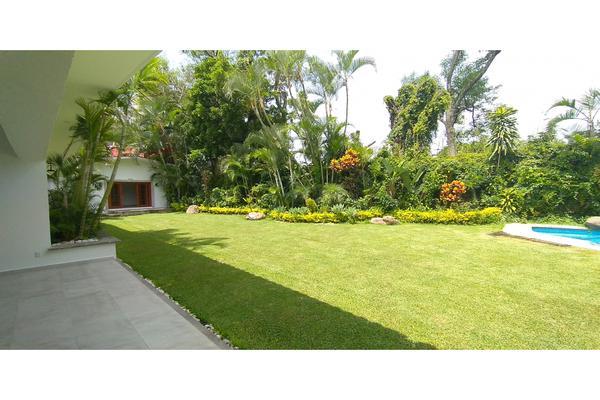 Foto de casa en venta en  , tabachines, cuernavaca, morelos, 7483159 No. 03