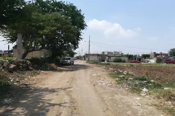 Foto de terreno habitacional en venta en tacámbaro , tierra larga, cuautla, morelos, 5370970 No. 04