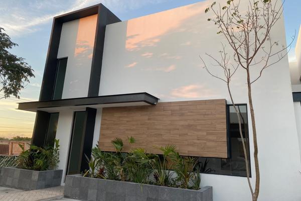 Foto de casa en venta en  , temozon norte, mérida, yucatán, 14026415 No. 01