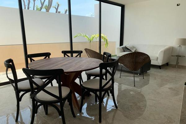 Foto de casa en venta en  , temozon norte, mérida, yucatán, 14026455 No. 02
