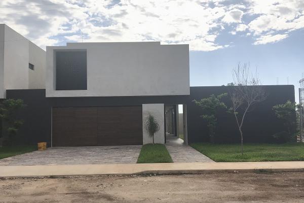 Foto de casa en venta en  , temozon norte, mérida, yucatán, 14028175 No. 01