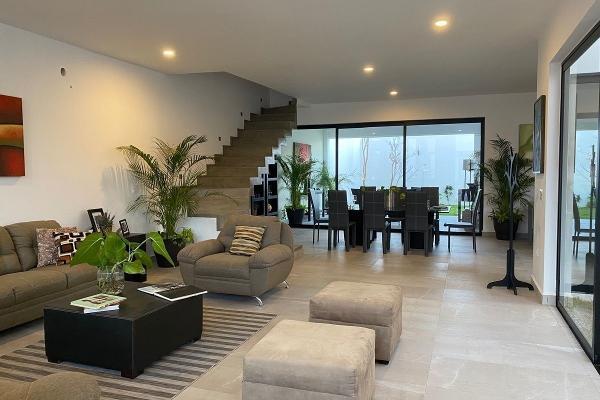 Foto de casa en venta en  , temozon norte, mérida, yucatán, 14030177 No. 02