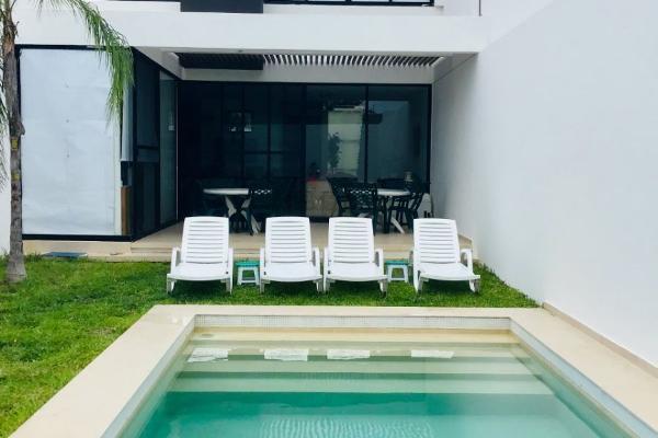 Foto de casa en venta en  , temozon norte, mérida, yucatán, 14038812 No. 01