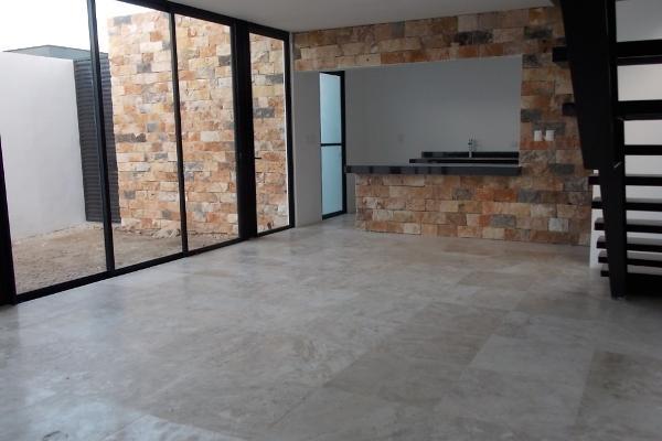 Foto de casa en venta en  , temozon norte, mérida, yucatán, 2641309 No. 02