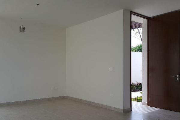 Foto de casa en venta en  , temozon norte, mérida, yucatán, 4567273 No. 02