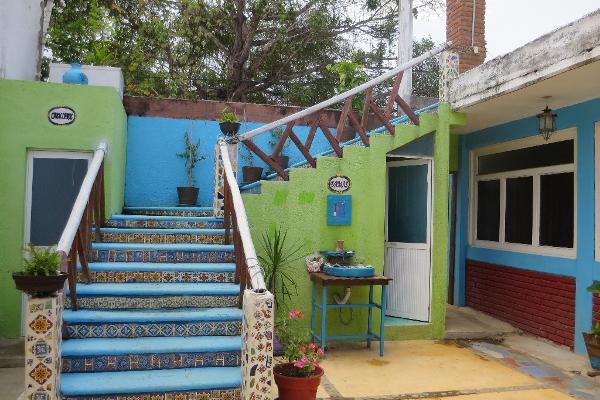 Foto de casa en venta en tercera oriente s/n , escondido, san juan mixtepec dto. 08, oaxaca, 5294160 No. 02