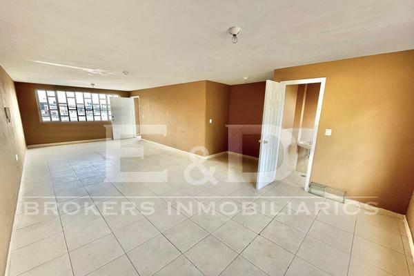 Foto de oficina en renta en  , texcoco de mora centro, texcoco, méxico, 0 No. 02