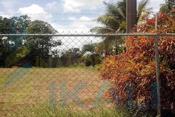 Foto de terreno habitacional en renta en  , tierra blanca, tuxpan, veracruz de ignacio de la llave, 8295978 No. 01
