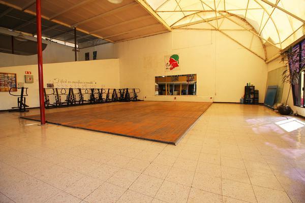Foto de edificio en venta en  , tinijaro, morelia, michoacán de ocampo, 13012310 No. 02