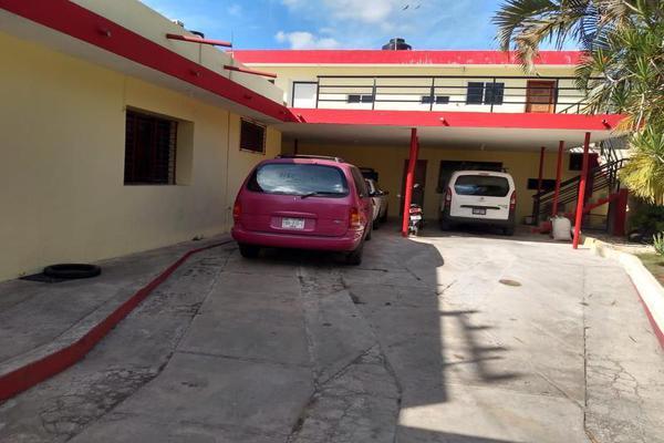 Foto de casa en venta en  , tizimin centro, tizimín, yucatán, 8101328 No. 02