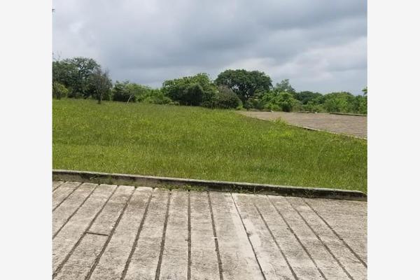 Foto de terreno habitacional en venta en  , totolapan, totolapan, morelos, 17305251 No. 01