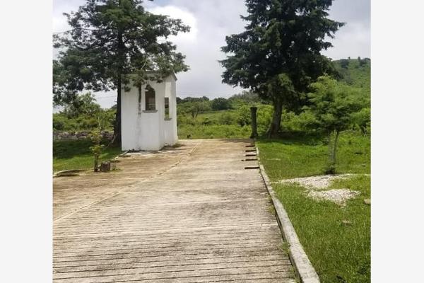 Foto de terreno habitacional en venta en  , totolapan, totolapan, morelos, 17305251 No. 02