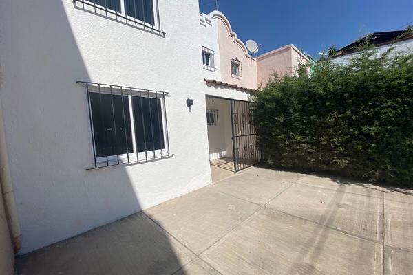 Foto de casa en venta en  , tres estrellas, guanajuato, guanajuato, 20516137 No. 02