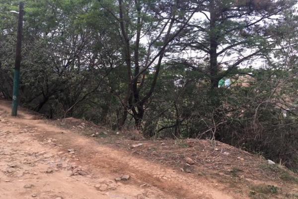 Foto de terreno habitacional en venta en  , tzompantle norte, cuernavaca, morelos, 5648369 No. 02