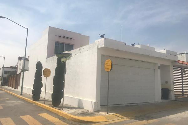 Foto de casa en renta en  , urbano bonanza, metepec, méxico, 12834482 No. 01