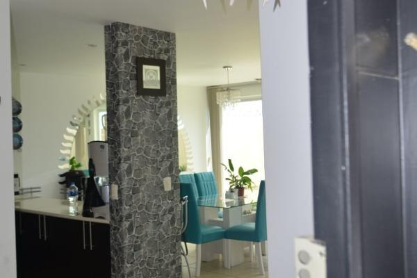 Foto de casa en venta en  , urbano bonanza, metepec, méxico, 8857105 No. 02
