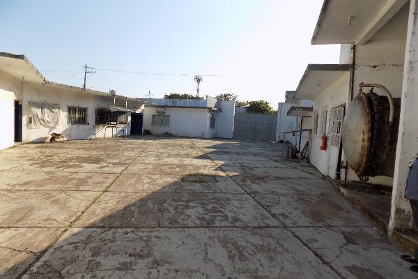 Foto de local en renta en uruguay s/n , las américas, coatzacoalcos, veracruz de ignacio de la llave, 7159252 No. 30