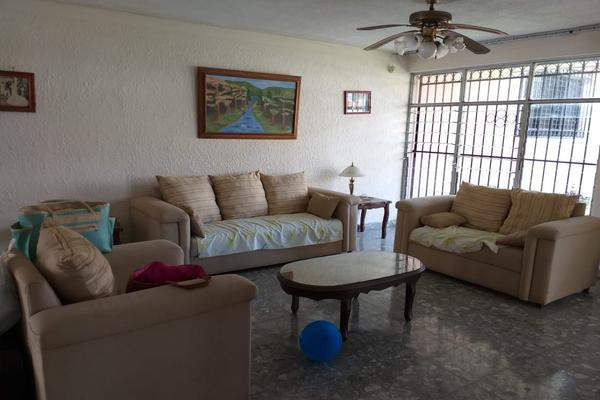 Foto de casa en venta en  , valladolid centro, valladolid, yucatán, 14028404 No. 06