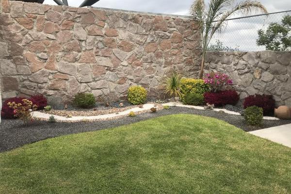 Foto de casa en venta en valle arbol de pio 121, desarrollo habitacional zibata, el marqués, querétaro, 0 No. 02
