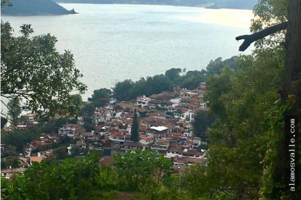 Foto de terreno habitacional en venta en  , valle de bravo, valle de bravo, méxico, 4640832 No. 02