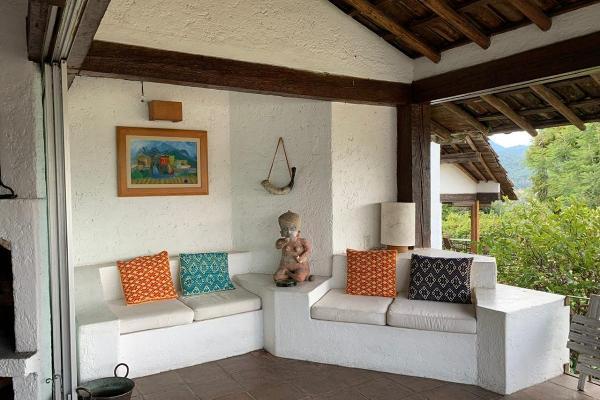 Foto de casa en renta en  , valle de bravo, valle de bravo, méxico, 8848067 No. 02