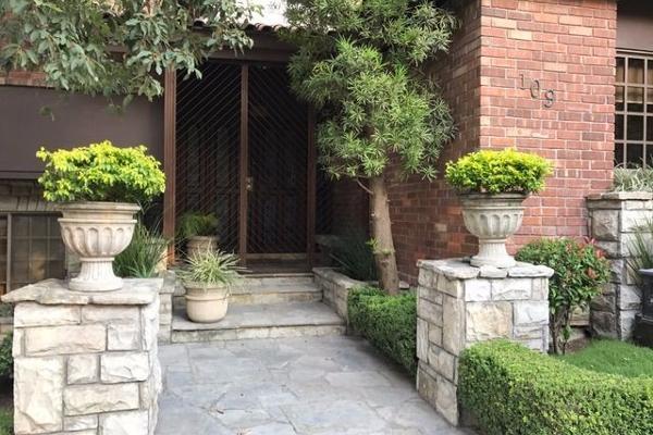 Foto de casa en venta en  , valle de chipinque, san pedro garza garcía, nuevo león, 2623507 No. 02