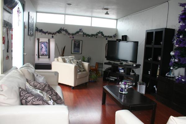 Foto de casa en venta en valle de las rosas , izcalli san pablo, tultitlán, méxico, 6128715 No. 01
