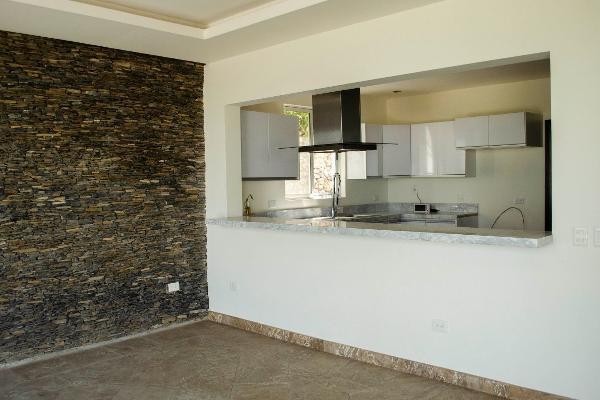 Foto de casa en venta en  , valle de san ángel sect español, san pedro garza garcía, nuevo león, 14023777 No. 14