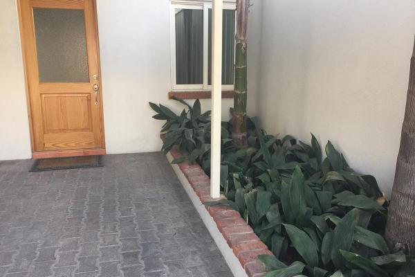 Foto de casa en renta en  , valle de santa engracia, san pedro garza garcía, nuevo león, 7923092 No. 02