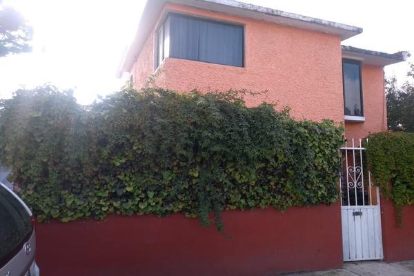 Foto de casa en venta en  , valle del cristal, metepec, méxico, 14034482 No. 01