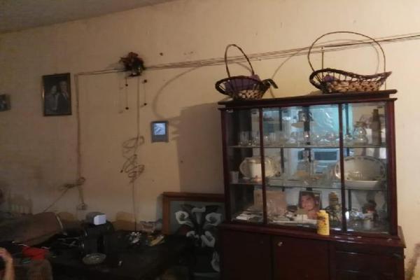 Foto de casa en venta en  , valle del guadiana, durango, durango, 5753742 No. 02