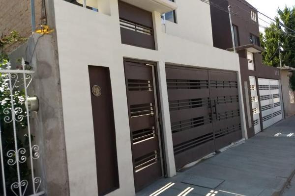 Foto de casa en venta en  , valle del guadiana, durango, durango, 5902429 No. 01