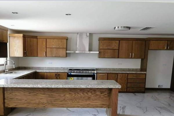 Foto de casa en venta en  , valle del sur, chihuahua, chihuahua, 16464874 No. 02