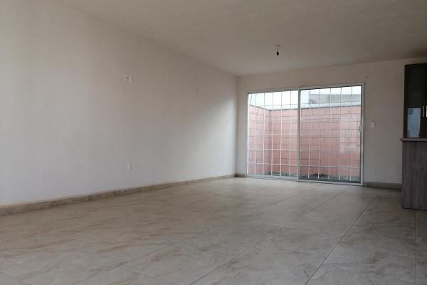 Foto de casa en venta en  , valle dorado, león, guanajuato, 12266830 No. 02