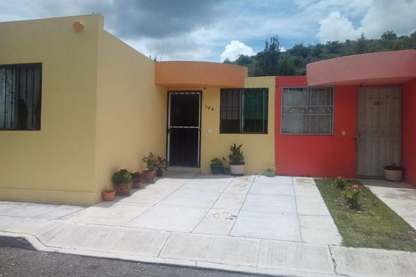Foto de casa en venta en  , valle real, tarímbaro, michoacán de ocampo, 5350773 No. 02