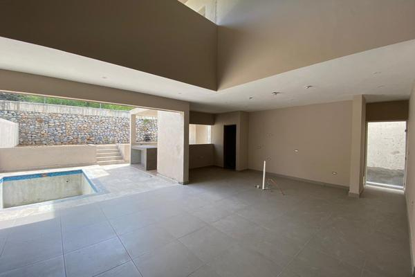 Foto de casa en venta en  , valles de cristal, monterrey, nuevo león, 14037736 No. 03