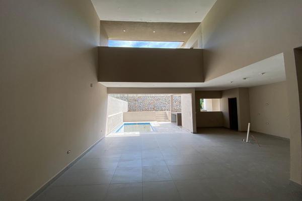 Foto de casa en venta en  , valles de cristal, monterrey, nuevo león, 14037736 No. 08