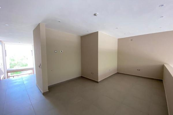 Foto de casa en venta en  , valles de cristal, monterrey, nuevo león, 14037736 No. 12