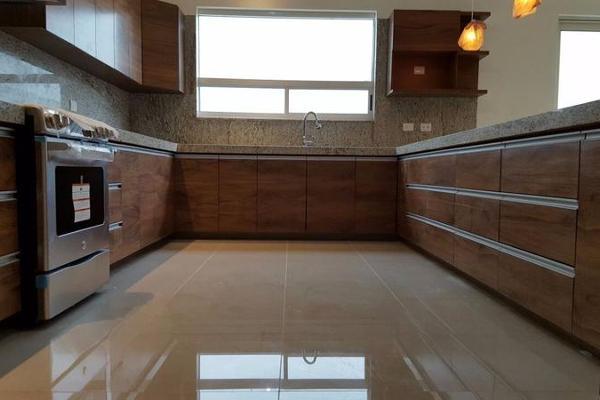 Foto de casa en venta en  , valles de cristal, monterrey, nuevo león, 8034095 No. 01