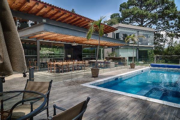 Foto de casa en venta en vega de la escondida , avándaro, valle de bravo, méxico, 5878793 No. 01
