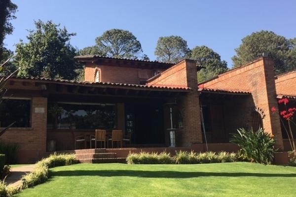 Foto de casa en venta en vega de las fuentes , avándaro, valle de bravo, méxico, 5874648 No. 01