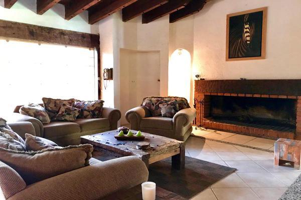 Foto de casa en venta en vega del valle , avándaro, valle de bravo, méxico, 6152919 No. 02