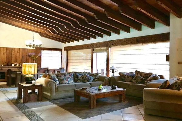 Foto de casa en venta en vega del valle , avándaro, valle de bravo, méxico, 6152919 No. 03